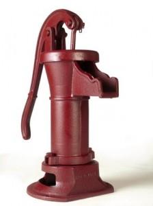 s_water-hand-pump-224x300